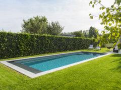 Een inbouw vs. opbouw zwembad: wat zijn de voor- en nadelen?